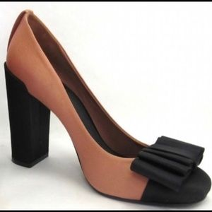 Tory Burch heel